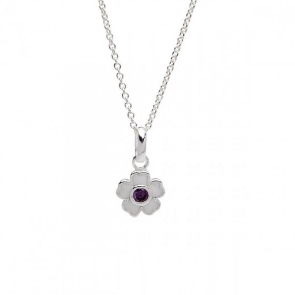 Halskæde i sølv med sølvvedhæng hvid blomst m/lilla crystal